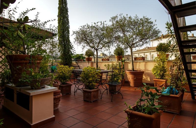 Centro storico appartamento in vendita appartamento in for Roma vendesi appartamento centro storico